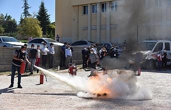 Kurum Personeline Yönelik Yangın Söndürme Eğitimi...