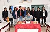 Evde Eğitim Gören Fatih Kılıç'a Sürpriz Doğum Günü