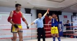 Muaythai Şampiyonasında KMÜ'lü Öğrencilerin Büyük Başarısı