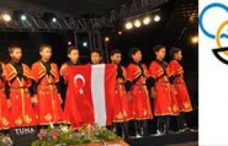 Vali Kahraman Türkçe Söleni'ne Katildi