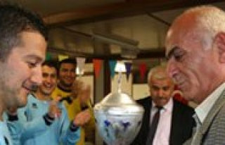 "Hollanda'da ""Karaman Köylerarasi Futbol Turnuvasi"""