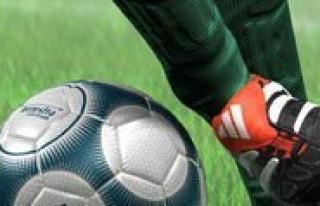 Simsek Bisküvi'nin Futbol Turnuvasi Pazar Günü...