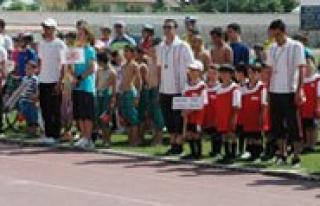 Il Yaz Spor Okullari Açildi