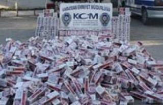 Kaçak Sigara Operasyonunda 14 Bin 989 Paket Sigara...