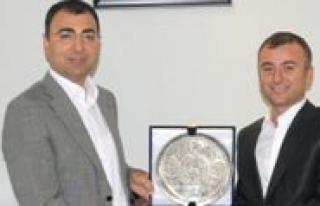 Ilimize Yeni Atanan Vali Yardimcisi Tura Doktora Egitimi...