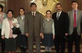 Maresal Mustafa Kemal Ilkögretim Okulu Fransa Yolcusu...