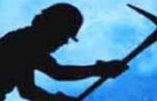 Karaman'da Kaçak Kazi Yapan 3 Kisi Yakalandi