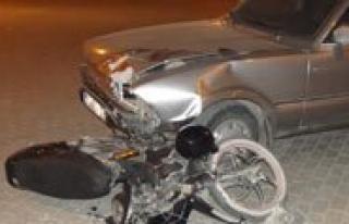 Motosiklet Sürücüsü Kazada Hayatini Kaybetti