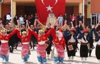 23 Nisan Kutlamalari Gazi Mustafa Kemal Ilkögretim...