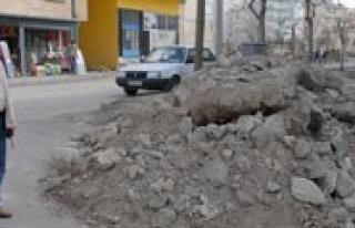 Belediye Kaçak Hafriyat Dökenlere Agir Para Cezasi...