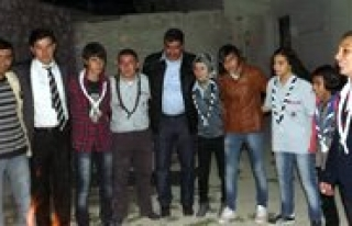 Izciler Kamp Yapti