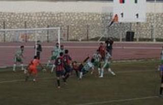 Belediye Spor Pozanti Gençligi 2-1 Maglup Etti