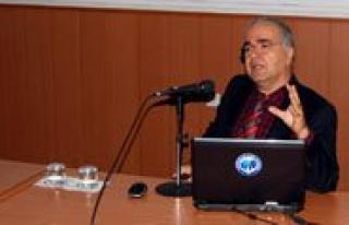 Prof. Dr. Mahmut Tekin, KMÜ'lü Ögrencilere Zaman...