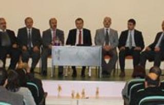 Sultanoglu, Okul Müdürleriyle Tanisti