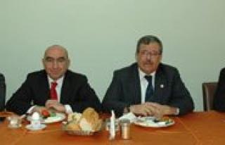 Karaman'da MHP'li Belediye Baskanlari Partiden...