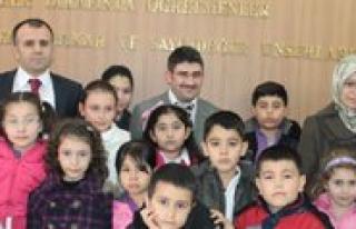 Sevgi Kardelenleri Il Milli Egitim Müdürünü Ziyaret...
