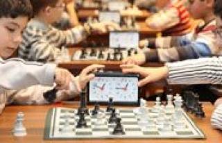 Okul Sporlari Satranç Turnuvasi Bugün Basliyor