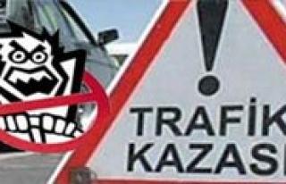 Karaman`da Otobüs Ile Kamyonet Çarpisti: 4 Yarali
