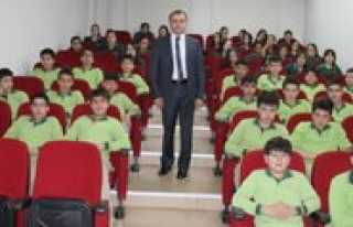 """Il Milli Egitim Müdürü"""" Ufuk Turu""""nun Konugu..."""