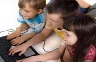 AK Parti Çocuklar Için Özel Arama Motoru Istedi