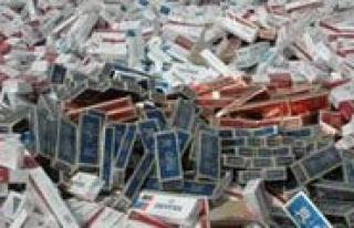 Tir'da Bin 250 Paket Kaçak Sigara Ele Geçirildi...