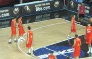 Il Özel Idare Basketbol Genç Erkek Takimi Mersin'den...