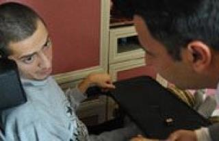 Engelli Vatandasin Tekerlekli Sandalye Mutlulugu
