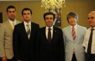 MERTID Yönetiminden Vali Güzeloglu'na Ziyaret