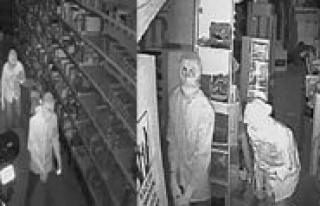 Kasa Hirsizlari Güvenlik Kamerasini Umursamadi