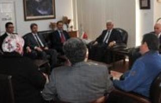 Ak Parti Teskilatindan Vali Murat Koca`ya Tesekkür...