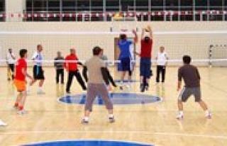 KMÜ Spor Senlikleri Basladi
