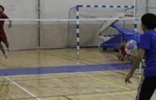 Okullararasi Gençler Badminton Il Birinciligi Müsabakalari...