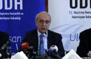 Ulastirma Bakani Elvan: 2015 Yilinda Demiryolu Yatirimlarina...