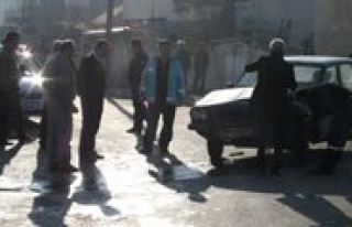 Karaman'da Otomobiller Çarpisti: 4 Yarali