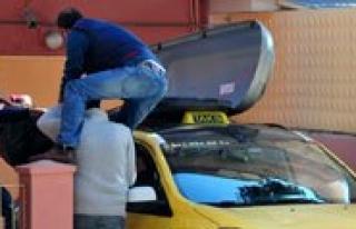 Taksi Tavaninda Cenaze Tasimaciligi