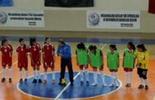 Futsalin Yildizlari Sahaya Indi