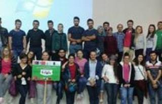 Gençlik Merkezi Yabanci Ögrencilerin Ilgi Odagi...