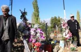 Maden Kazasinda Ogullarini, Eslerini Kaybeden Aileler...