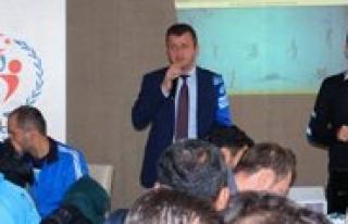 Karaman'da Okul Sporlari Bilgilendirme Toplantisi...