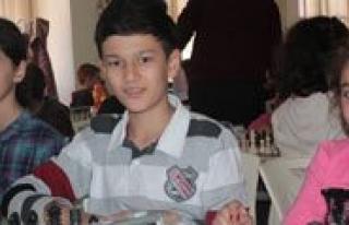 Küçükler Il Birinciligi Satranç Turnuvasi Karaman'da...