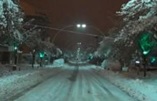 Geçen Yil 24 Kasim'da Yagan Kar Bu Yil Gözükmedi