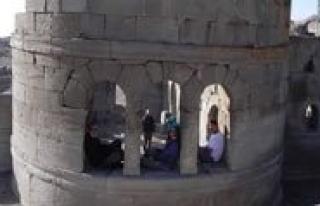 Kardof'tan Karadag Gezisi