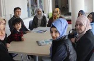 Gençlik Merkezi, Suriyeli Ve Irakli Gençlere Türkçe...