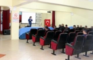 Kadın Meclisinin Cezaevi Eğitim Programları Sürüyor