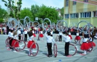 23 Nisan Ulusal Egemenlik Ve Çocuk Bayramı Coşku...