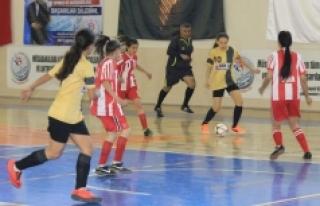 Futsal Yarı Final Müsabakaları Başladı