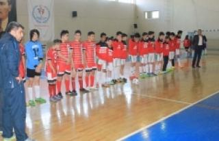Futsal Yarı Final Müsabakalarında Heyecan Sona...