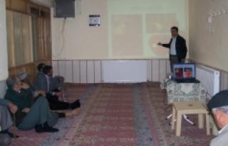Karaman'da Çiftçi Tarla Okulu Projesi Sürüyor
