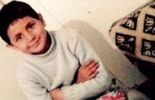 Boynuna Salıncağın İpi Dolanan Küçük Kız Öldü
