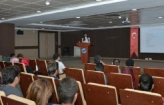 KMÜ'de Kariyer Ve İş Hayatı Konulu Söyleşi...